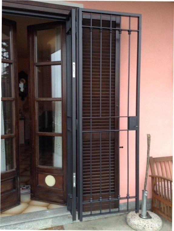 Inferriate chiusure e automazioni civili e industriali - Inferriate estensibili per finestre ...