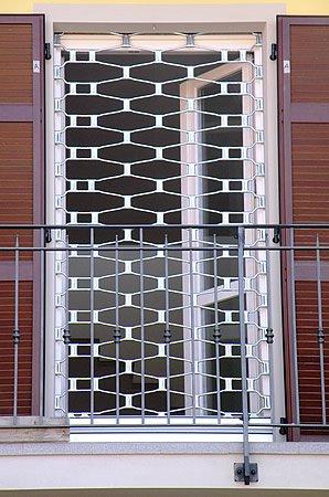 Serrande fia sistem chiusure e automazioni civili e industriali - Serrande elettriche per finestre ...